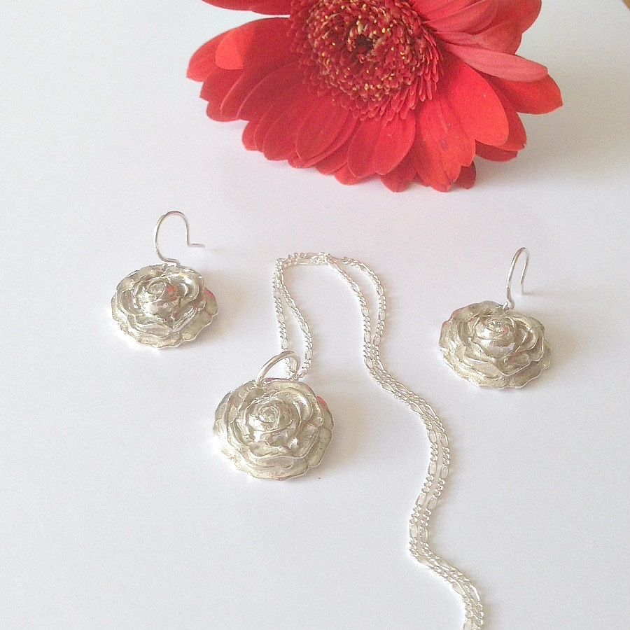 Rose Necklace & Earrings Set