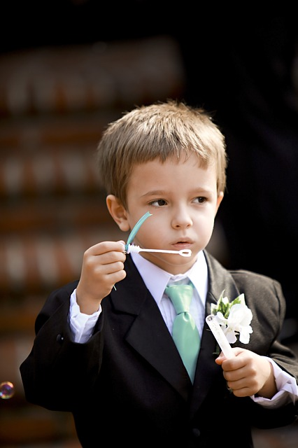 Children at Weddings - pageboy