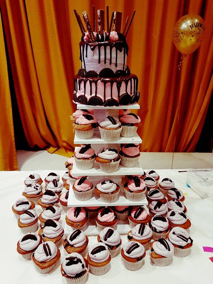 Wedding Cake - Hotcakes Cupcakes Tower