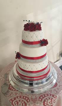 Wedding Cake - mumsbakecakes - Marie Canning
