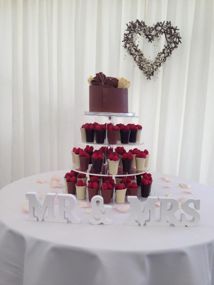 Wedding Cake - chocolate pots
