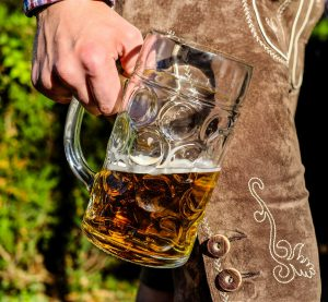Avoid bloating for your wedding day - beer